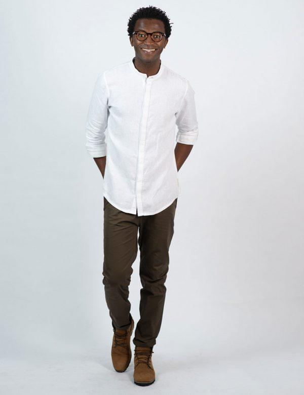 Concealed Stand Linen Shirt - White - Lifestyle shot