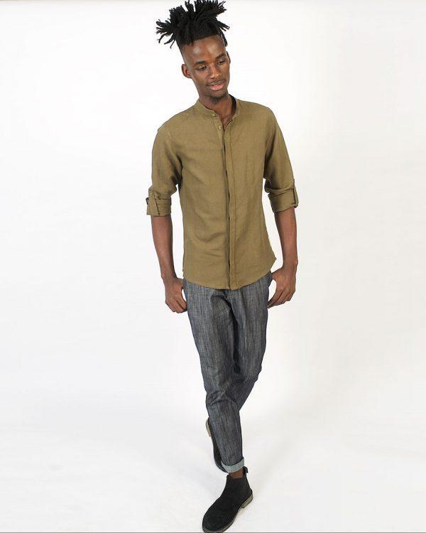 Concealed Stand Linen Shirt - Army - Lifestyle shot