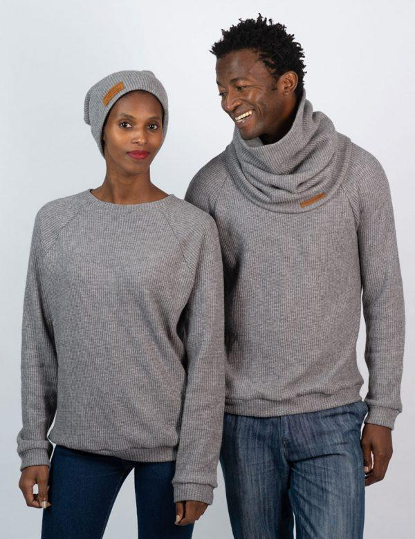 Unisex Jersey - Grey Melange Knit - Lifestyle shot 2