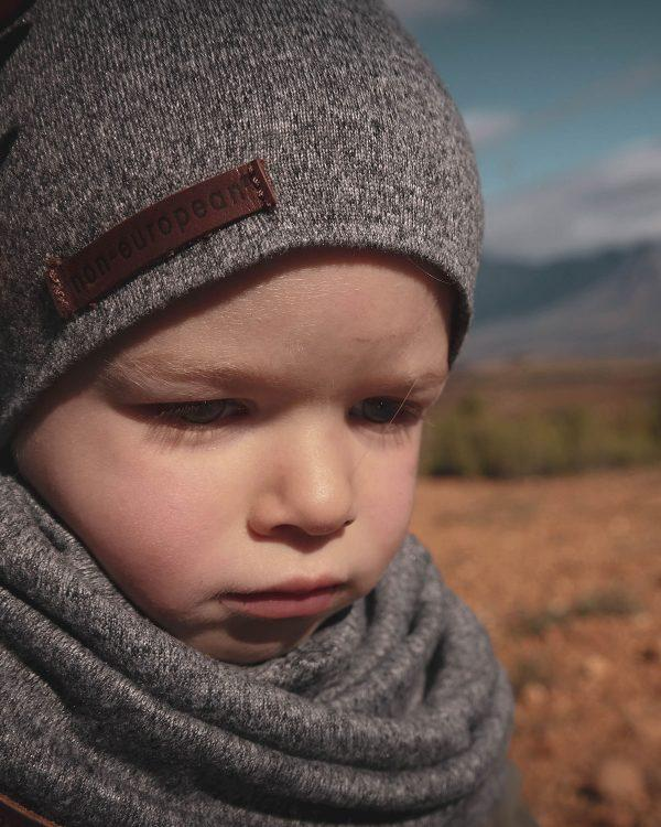 Kids Beanie - Grey Melange - Lifestyle shot 1