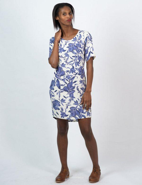 Trendy Tee Dress - Delft Foliage - Lifestyle shot