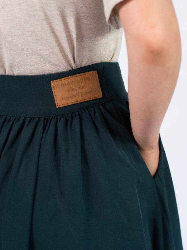 Waistline Skirt - Bottle Green - Detail