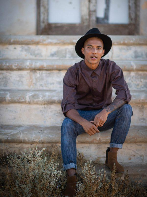 Formal Cotton Shirt - Brown Malva - Lifestyle shot 1