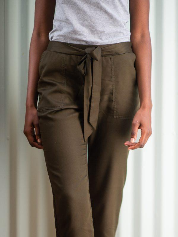 Ladies Leisure Trouser - Olive - Detail