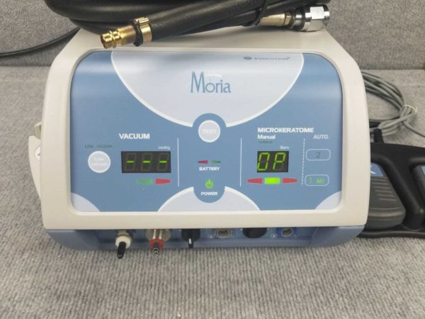 Moria Evolution 3E Microkeratome Console One Use Plus System for Lasik – includes motor, console and pedals