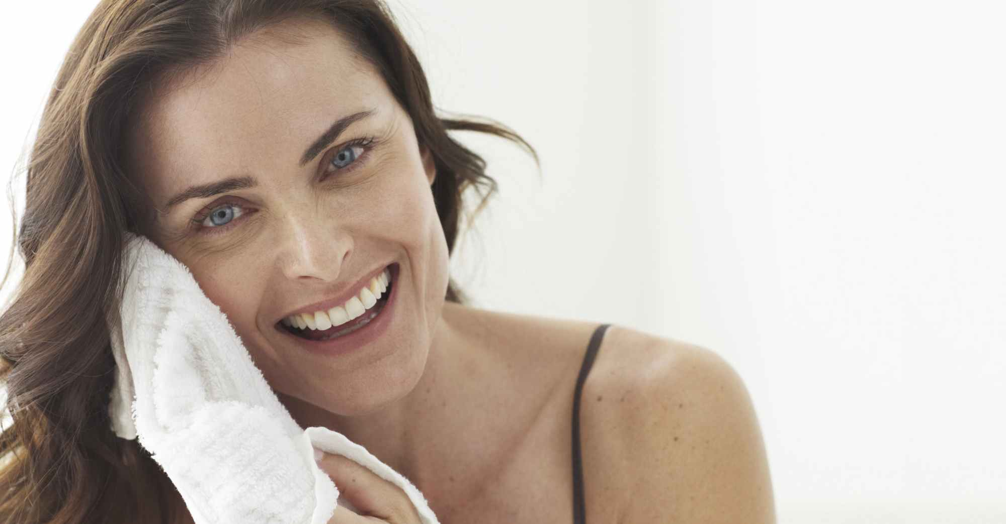 All you have to know about Retinol and Retinoids (Retin-A and Retinoic Acids)