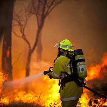 Iranian Migrant Fighting NSW Fires