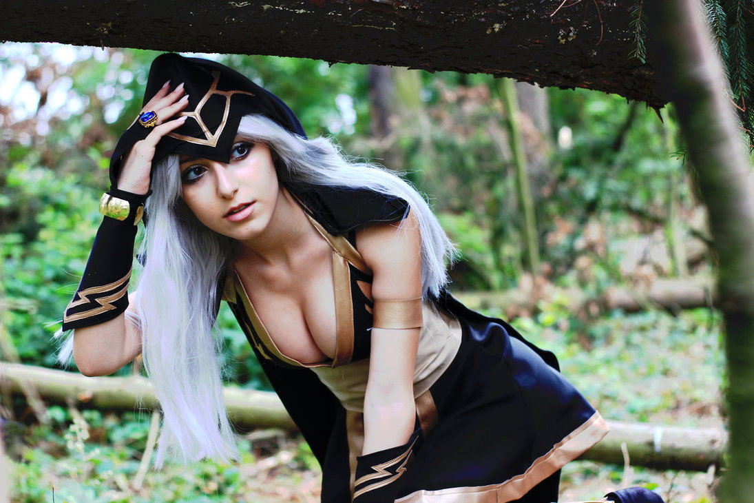 Top 20 Best Ashe Cosplay From League Of Legends Online Fanatic