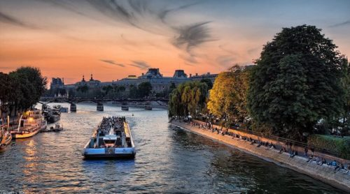 OuiPlease National Splurge Day Bateaux Mouches on the Seine