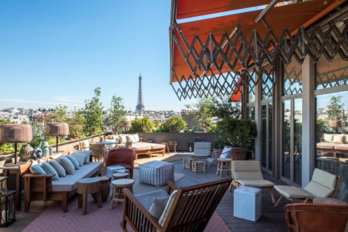 Le Brach patio with view of the Eiffel tower