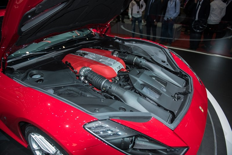 Ferrari Is not Ready To Exterminate Its Usually Aspirated V-12 But - Vehicle News