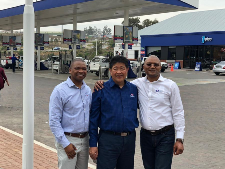 Engen Ikhwezi Convenience Centre opens in Mthatha