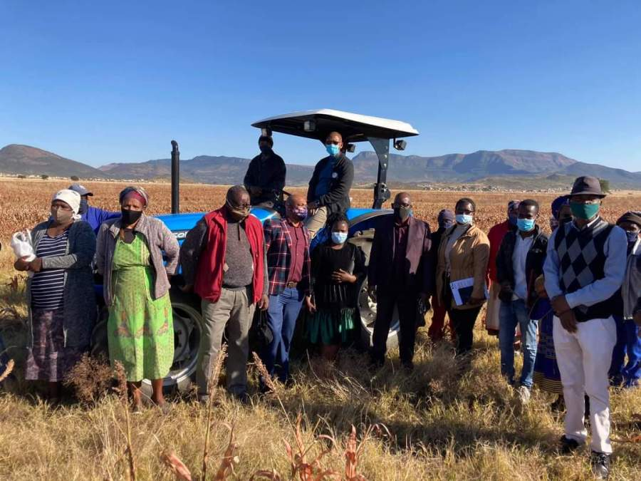 MEC for Economic Development, Environmental Affairs and Tourism Mlungisi Mvoko during his visit with the Zingxondo Primary Co-operative members at Mtsheko Village, Cacadu (Emalahleni Local Municipality). The co-operative has used the funding for the purchase of a tractor and implements.   Another four co-operatives from Cacadu also received funding from the Imvaba Co-operative Fund.