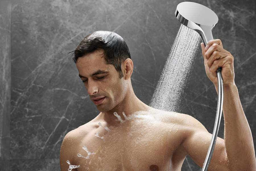 Treat dad to the ultimate shower experience - hansgrohe Rainfinity!