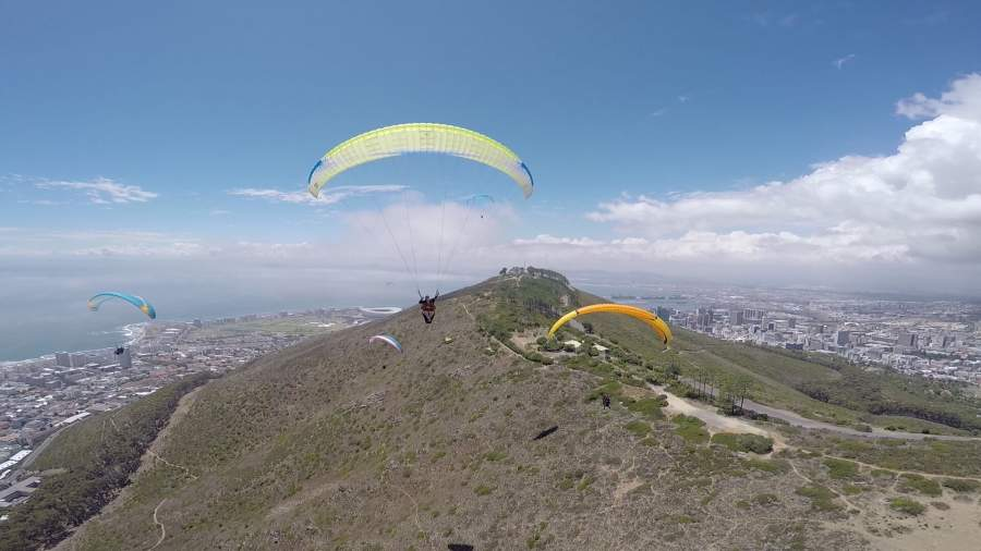 Enjoy the freedom of flight with Fly Cape Town