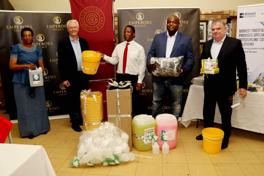 On hand to present the supplies to Ikusasa's Acting Principal, Bheki Duma (middle) of Kempton Park was Peermont Trust Chairperson, Tshidi Madima of Midrand, Peermont CEO, Nigel Atherton of Edenvale, GGB CEO, Stephen Ngubeni of Joburg and Emperors Palace Complex General Manager, Clive Tavener of Modderfontein.