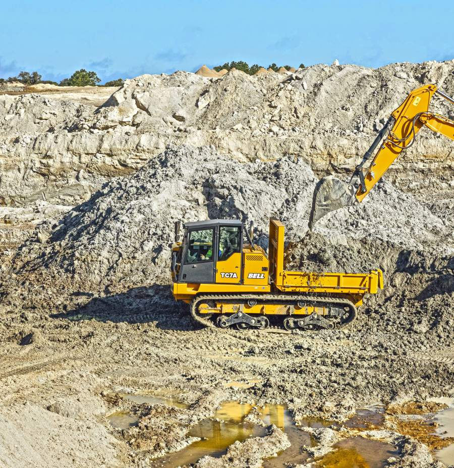Hytec South Africa and Bosch Rexroth Germany developed a hydraulic solution for Bell Equipment that minimises ground compaction in tracked carriers used in mining and construction.