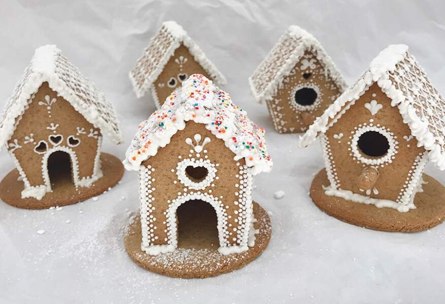 Best on The Block - How to Bake a Brilliant Gingerbread House
