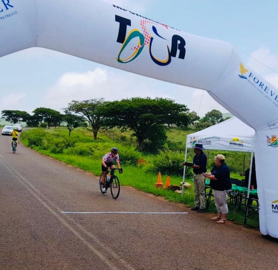 Stage 3_Final Prize-giving Results for the three day tour so far in the Category Juniors & Vets_Best Young Rider, KOM (King of the Mountain) and Points_Travis Stedman (Rider 614)