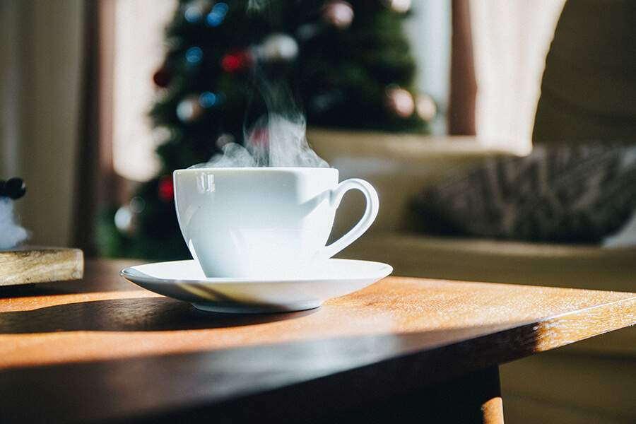 Caring during the festive season: tips and holiday help ideas for dementia carers