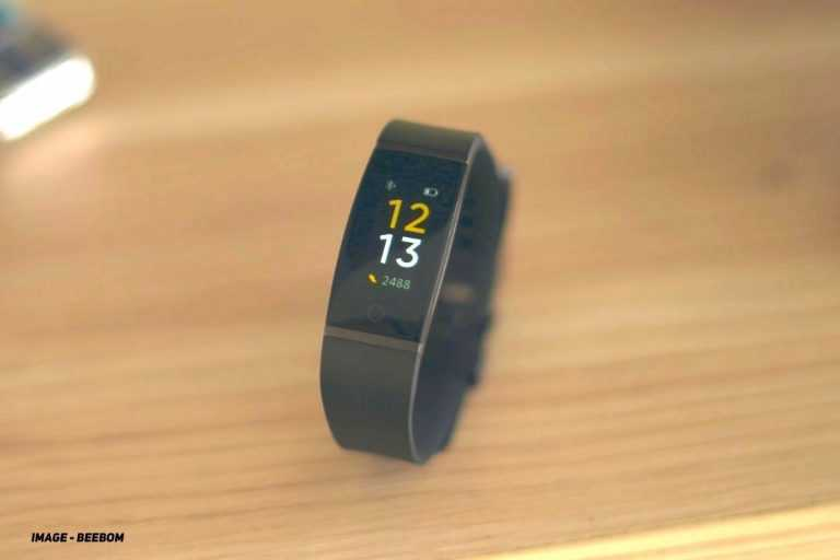 How to Charge Realme Band
