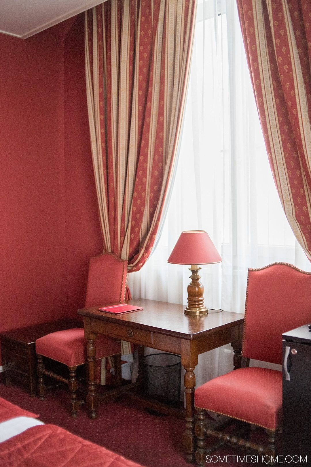 Paris hotel cozy boutique accommodation with very affordable prices in the historic Le Marais district. Click through to the article for a complete review!
