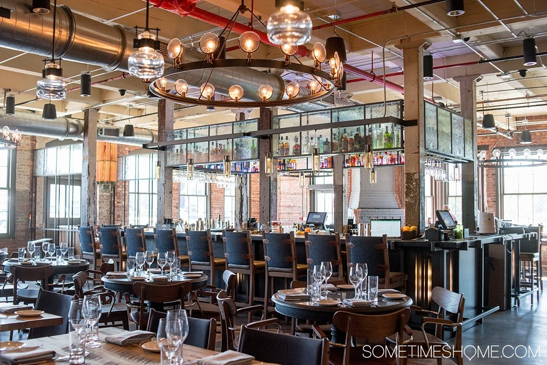 Armature Works Public Market restaurants and bars, Steelbach southern inspired cuisine, is definitely worth a visit if you are traveling to Tampa Bay and are in search of things to do! Read about it in length and plan your visit with kids and adults by clicking through! #TampaBay #Florida #FoodHall