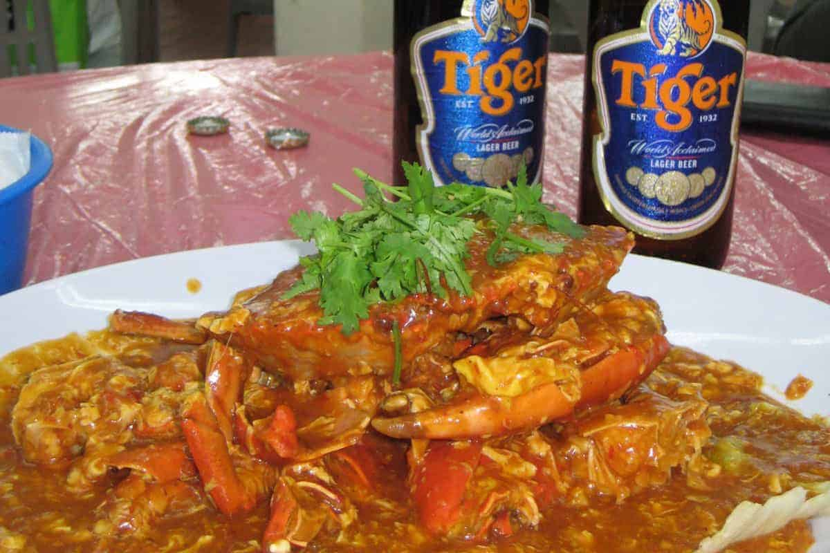 A chili crab curry goes perfect with a cool Tiger beer!