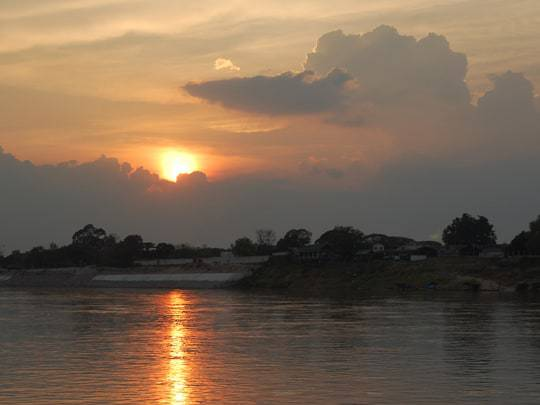 The Mekong river which separates Thailand from Laos