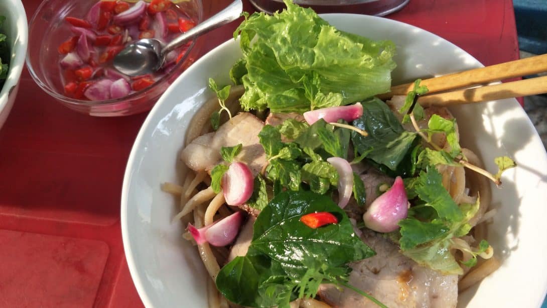 Must Try Vietnamese Street Food Dishes!