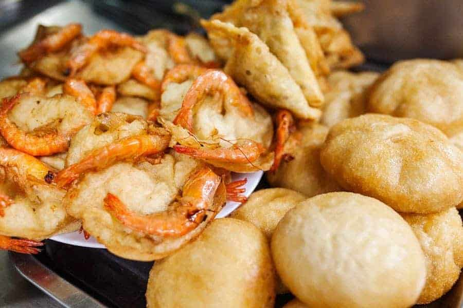 Delicious Vietnamese fried snacks with prawns.