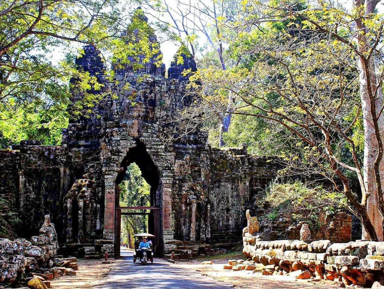 Wide gates built to accomodate royalty on elephants -12th Century Khmer engineering.