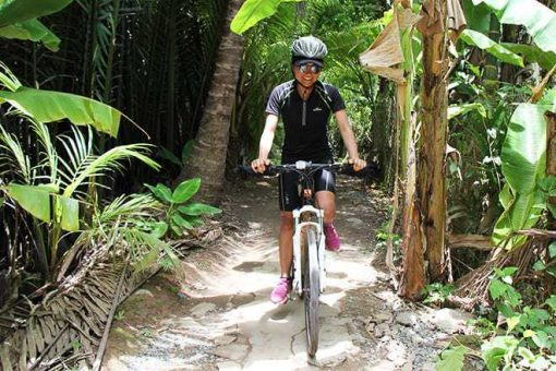 Cycling with Social Cycles in Vietnam