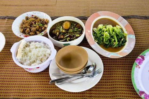 Cambodian food for lunch