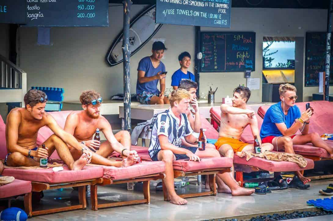 Backpackers chilling with the staff at Mui Ne Hills!