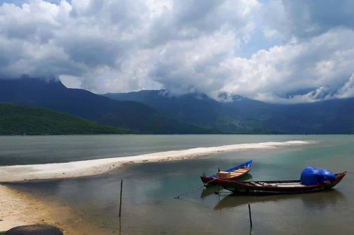 Amazing views on the way from Hue to Hoi An