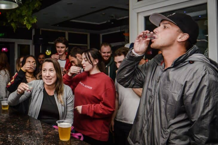 Central Backpackers - Old Quarter Party