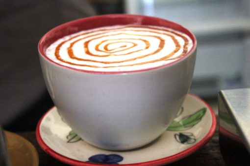 latte coffee cup_CocoHostel_Khao Sok Thailand