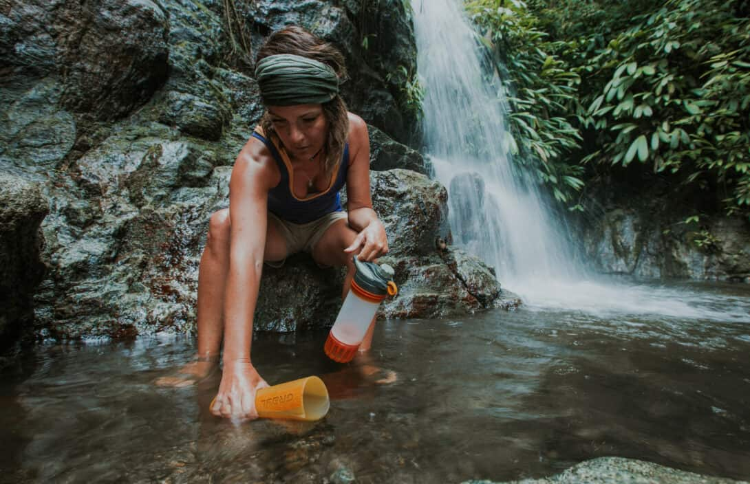 The Best Filterned Water Bottle for Travel - The Gray Geopress
