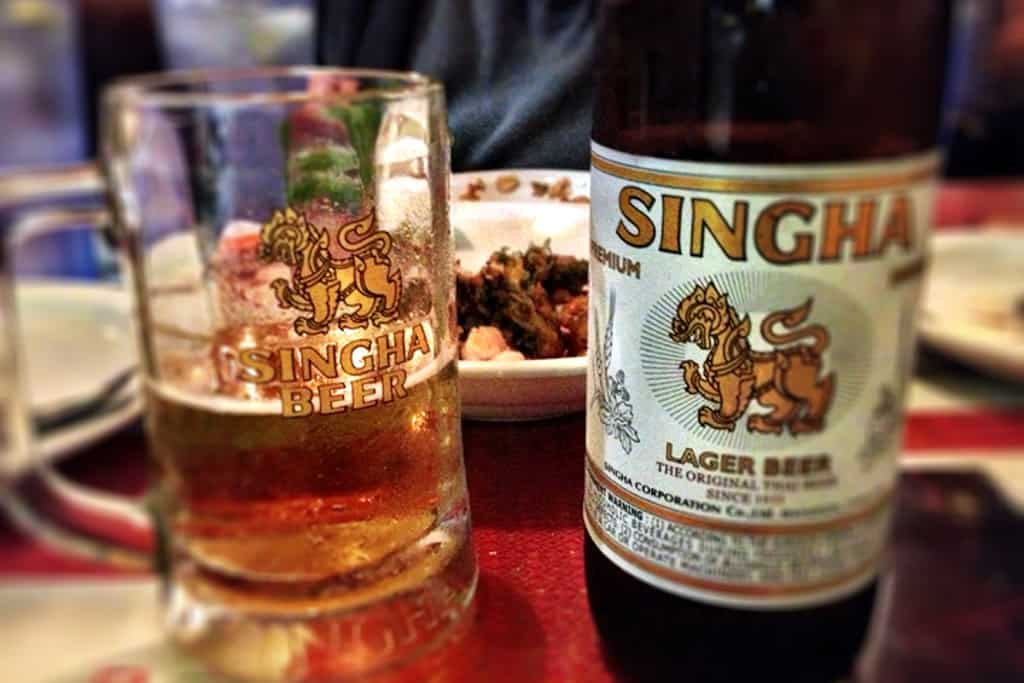Singha and a curry