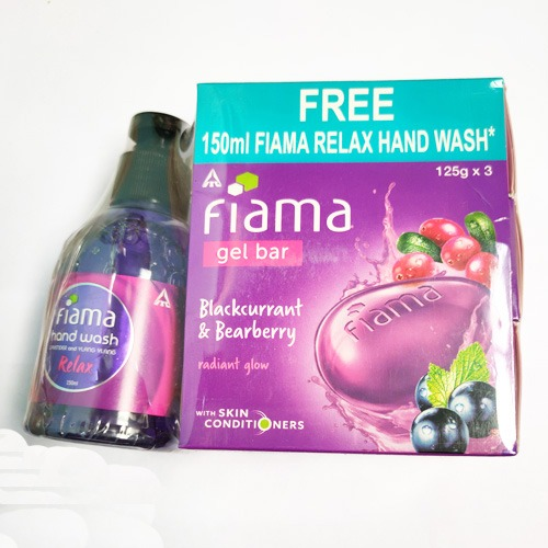 Fiama Gel Bar Blackcurrant And Bearberry 125g x 3 with FREE Hand wash