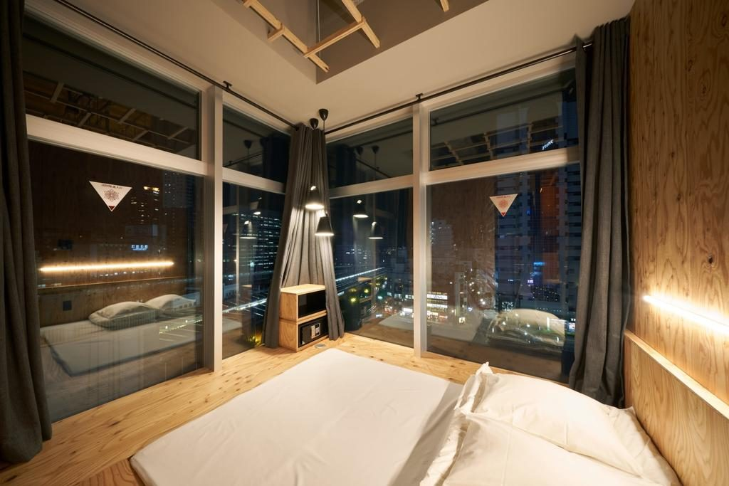 Where to stay in Tokyo Hostel - Book and Bed Tokyo Shinjuku 1