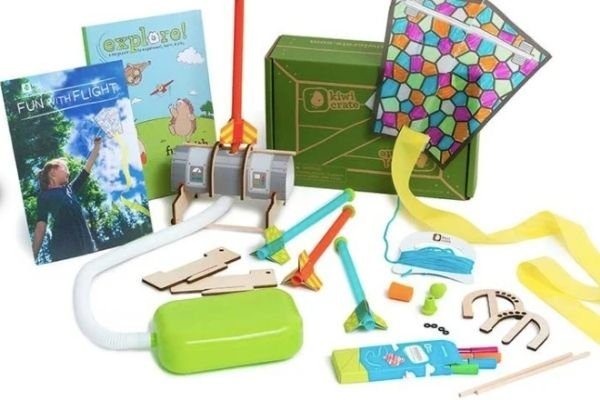 Best Subscription Boxes for Outdoor Kids - Kiwi Crate