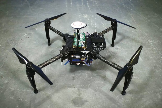 drones can fly