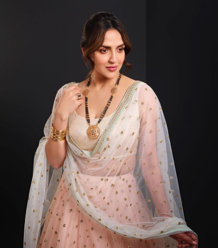 Esha Deol: Wiki, age, birthday, family, career & facts.