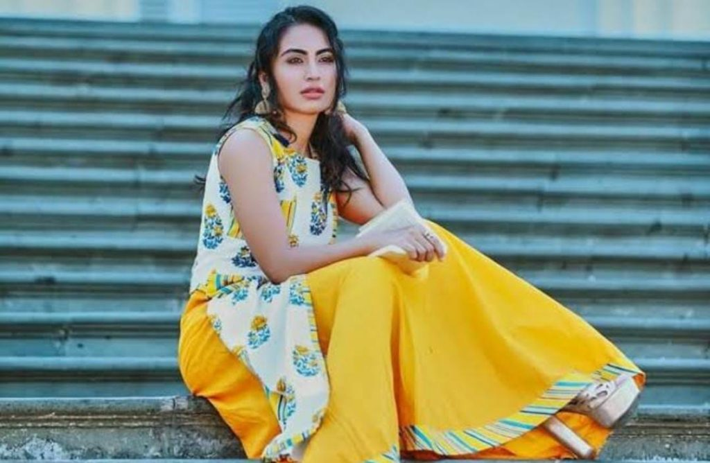 Katie Iqbal (also known as Khatija Iqbal) is a television actress, she is popular for the television serial Yeh Hai Chahatein. She is originally from Grenada. She started her career in the year 2017.
