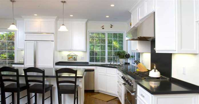 4 Important DIY Kitchen Renovation Tips to Spruce up the Space