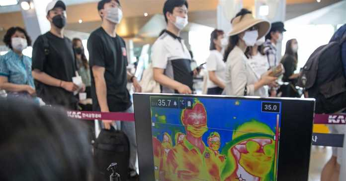 A trip to South Korea offers glimpse at how the country prevents infection from travelers