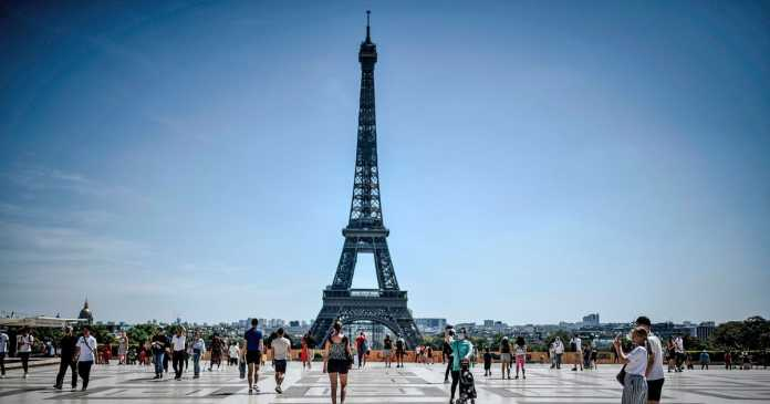 Eiffel Tower evacuated over bomb threat 'after man shouts Allahu Akbar'