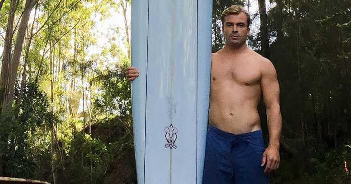 Surfer loses his board in Hawaii and it turns up 5,000 miles away